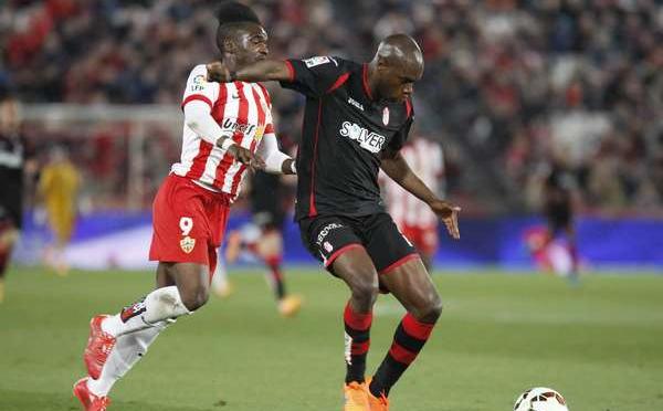 """Almería 3-0 Granada: """"Partidazo que deja soñar a los almerienses"""""""