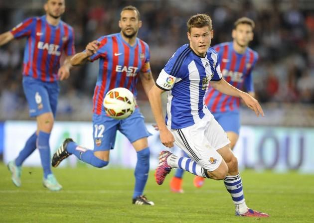 """Real Sociedad 3-0 Levante: """"Finnbogason reaparece en una cómoda victoria de la Real."""""""