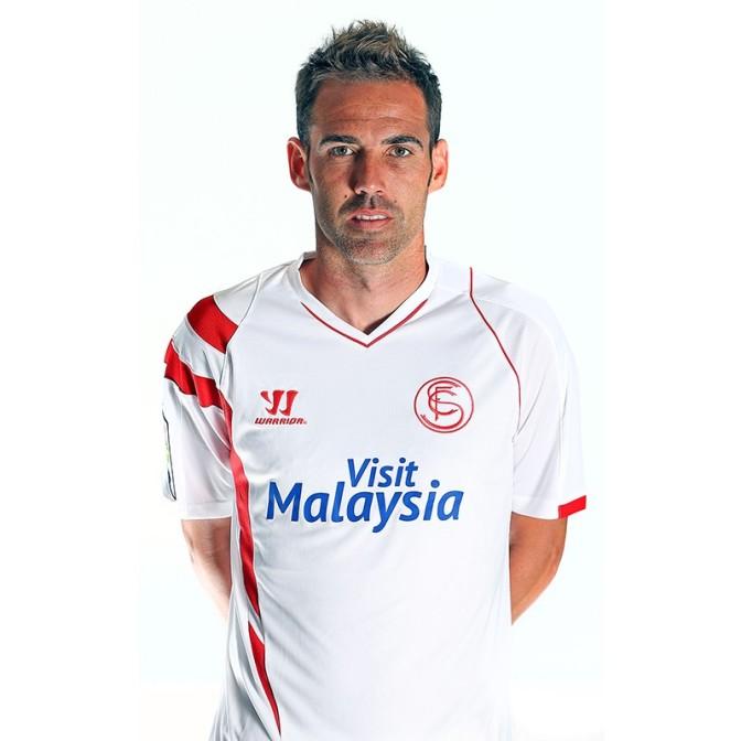 Fernando Navarro ficha por el Depor.