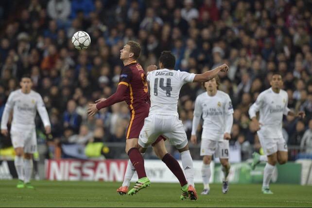 La As Roma no encontró la luz en el Bernabéu