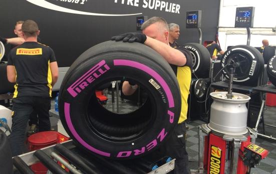 Ultrablandos_Pirelli_F1